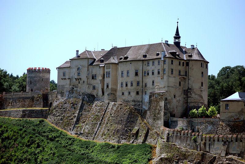В замок чешский штернберг